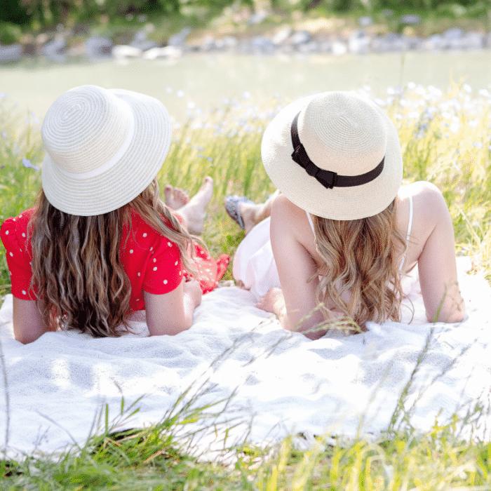 50 Fun Summer Activities to Romanticize Your Life